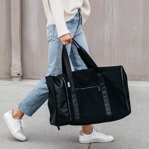 NWT BÉIS The Duffle Black Bag - Shay Mitchell